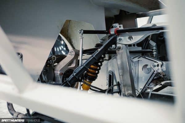 CAV Ford GT40 replica manufacturer builder factory bodyshop coachworks carroserie