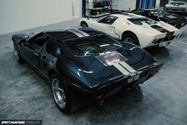 CAV Ford GT40 replica manufacturer builder factory porsche atlas grey titanium silver stripes